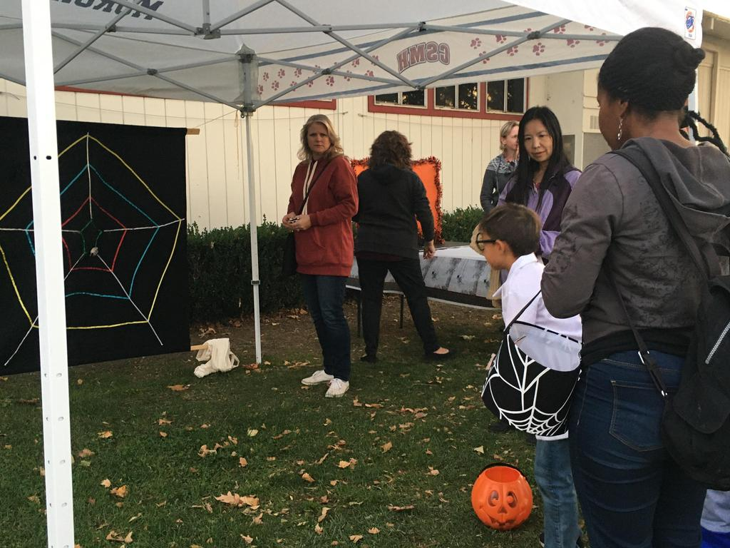 spider web game at trunk or treat