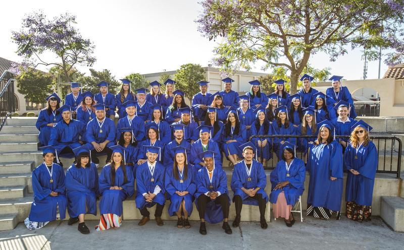 Graduation Photos Online Thumbnail Image