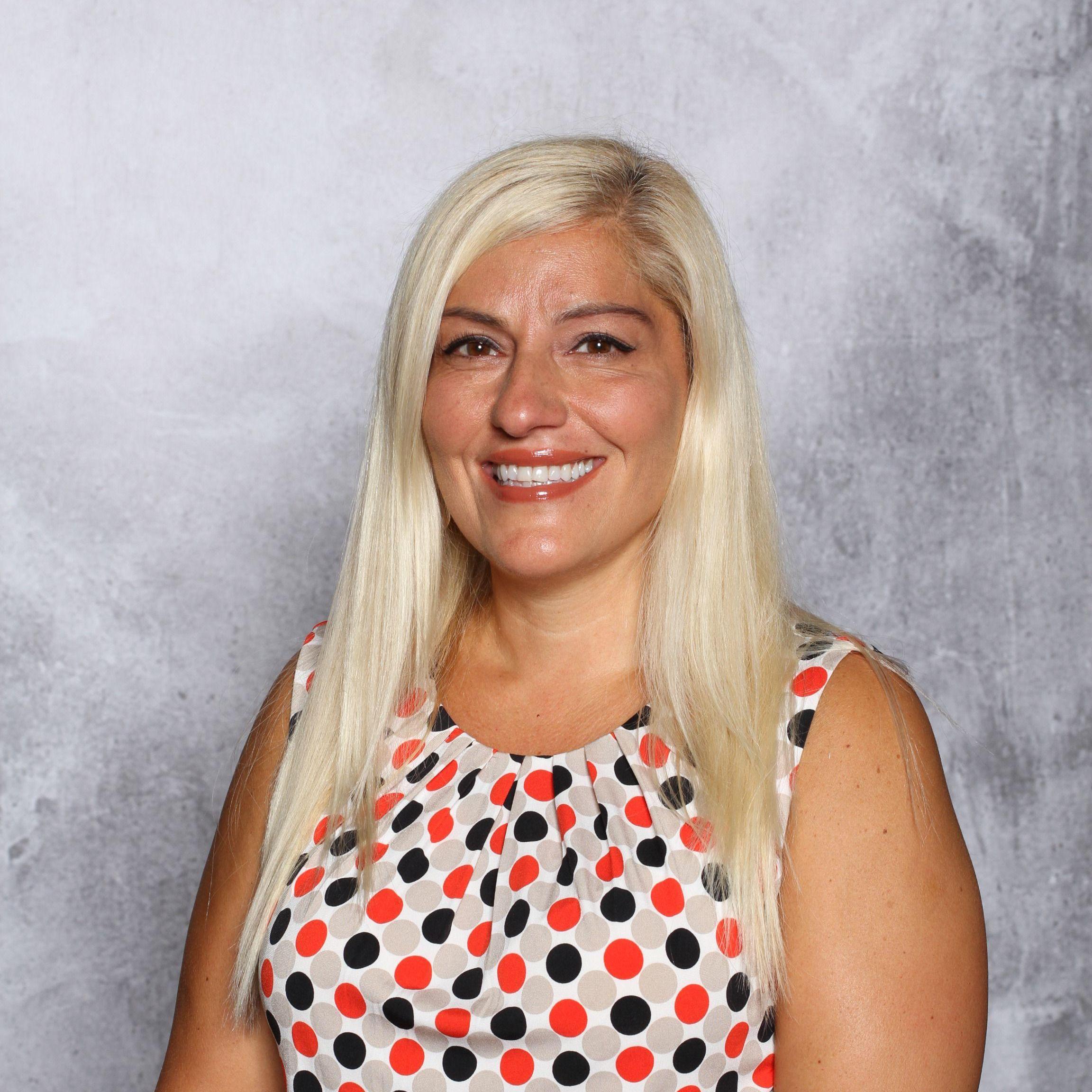 Catherine Ecker's Profile Photo