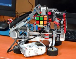 sst-16-rubix-robot-sm.jpg