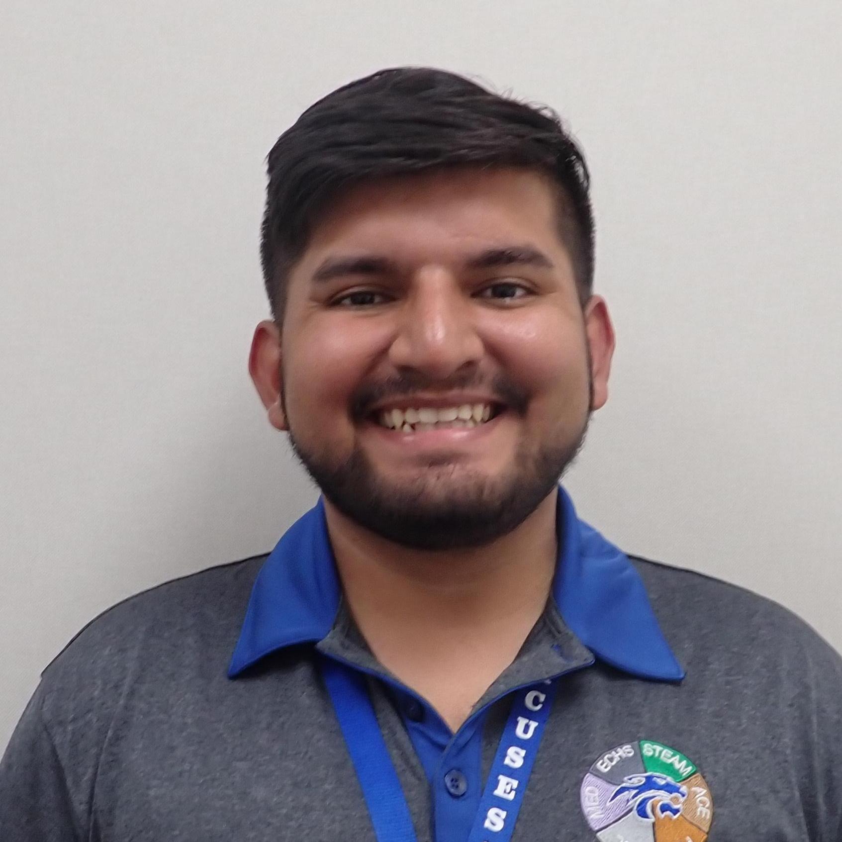 Alejandro Cruz's Profile Photo