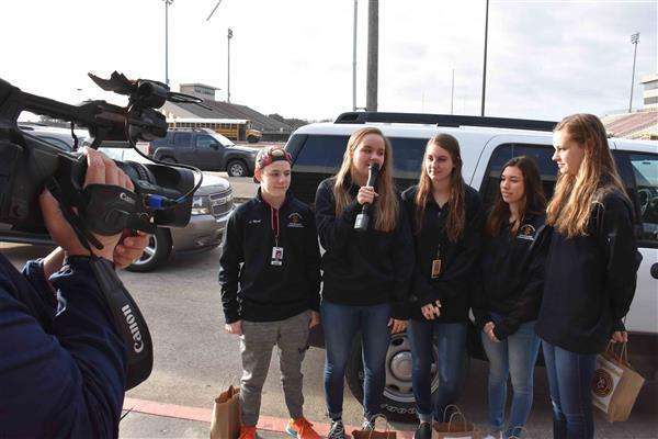 DPHS Swim and Dive Team departs for state meet