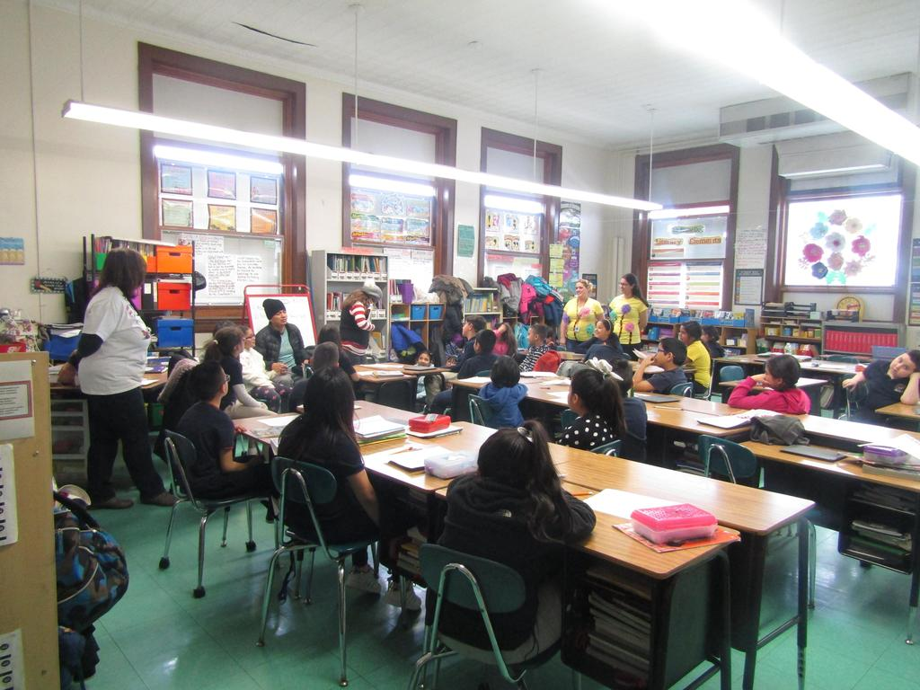 parents visiting class on read across america day