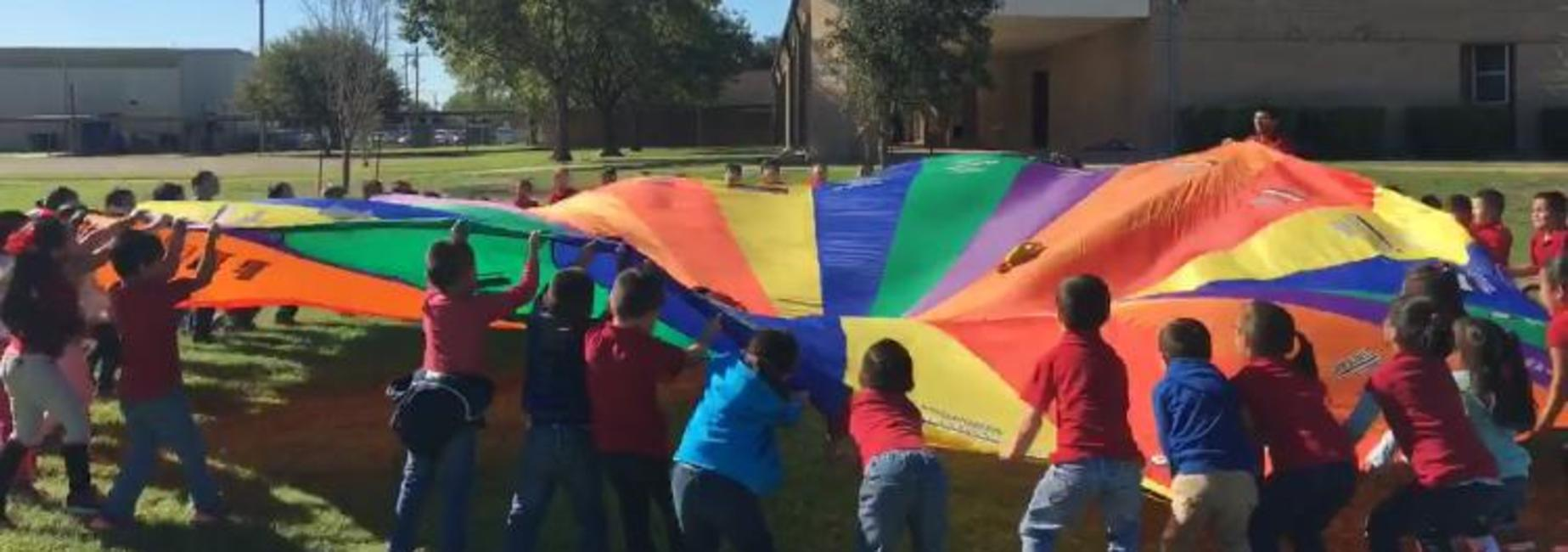 Parachuting with Kinder