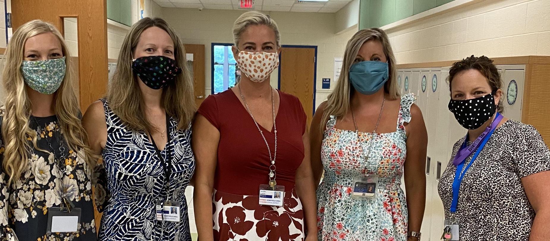 teachers wearing masks