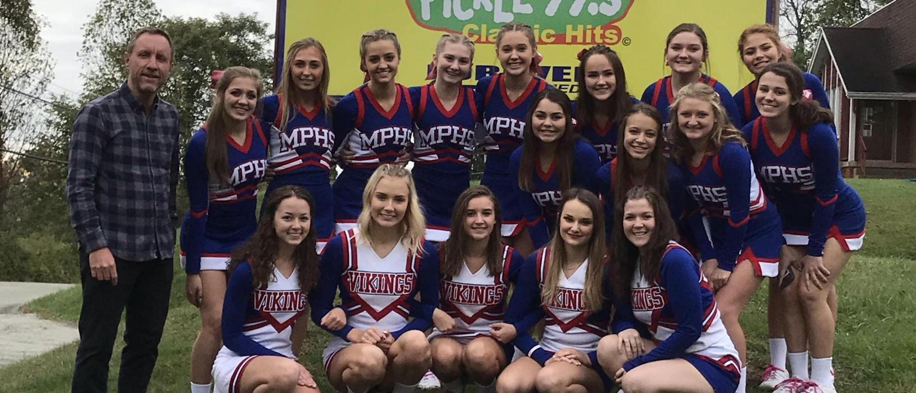 Cheerleaders with Froggy