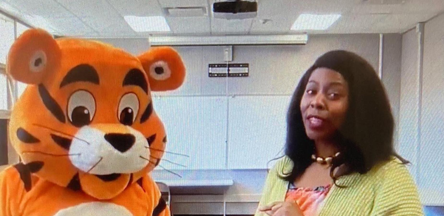 Nelson the Tiger and Dr. Reeves