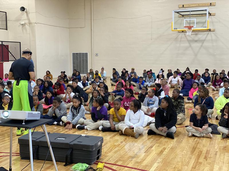 Coach Calhoun from Move to Learn visits Rowan! Featured Photo