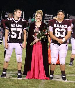 2018 Homecoming Queen and Escorts
