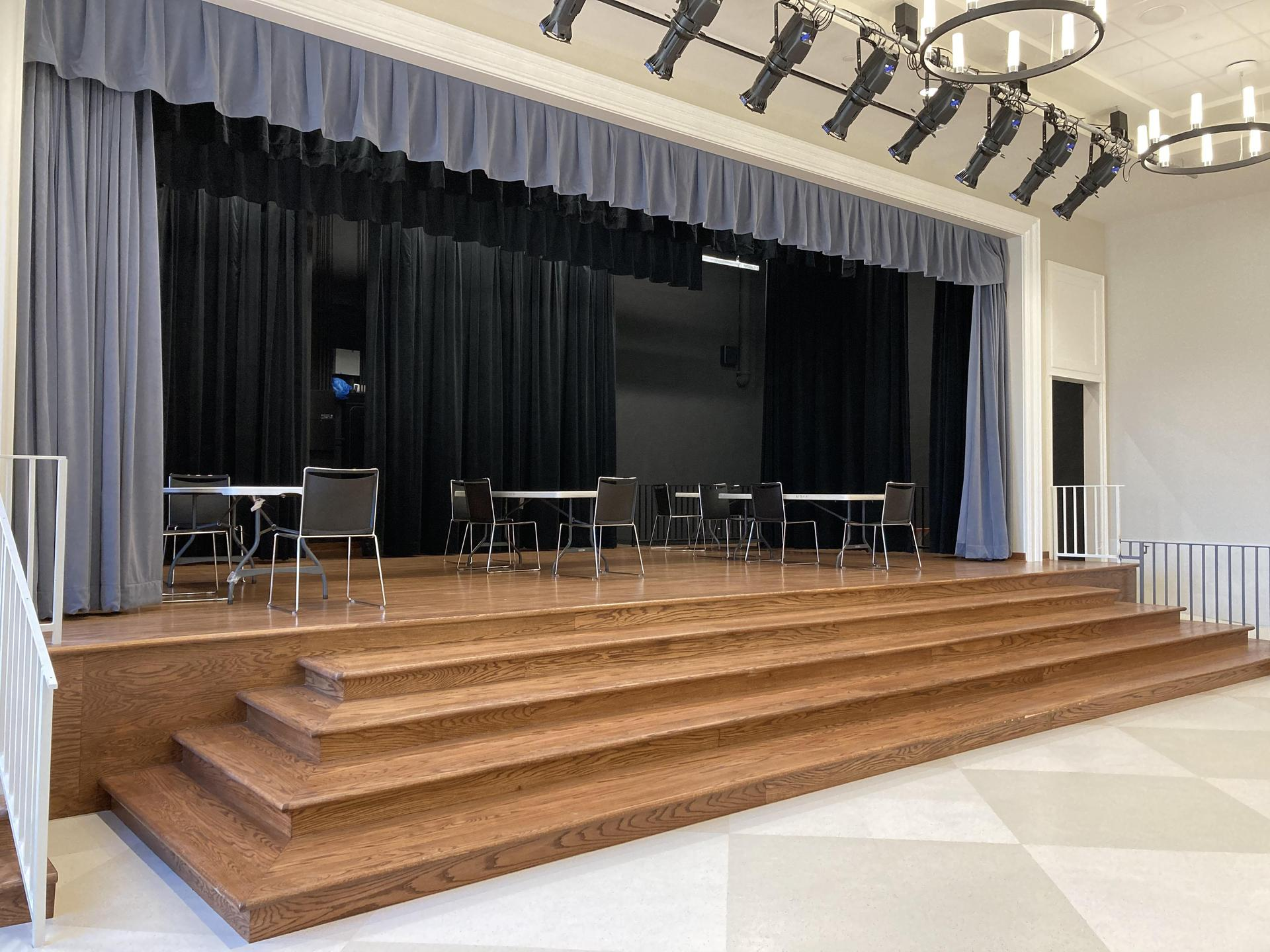 Hyer Elementary Stage