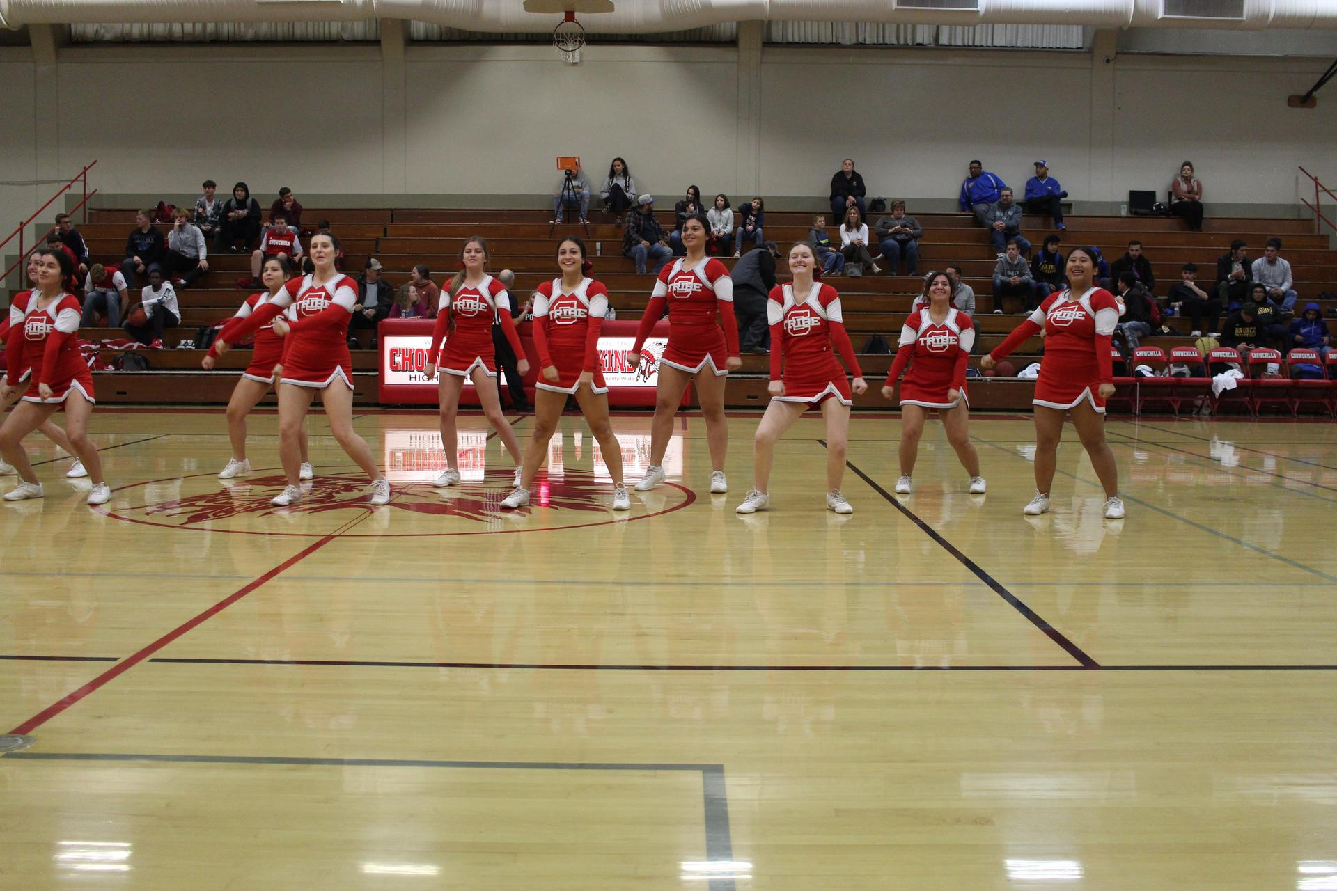 cheerleaders in action at the dos palos game