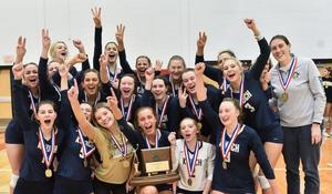 Knoch team with trophy