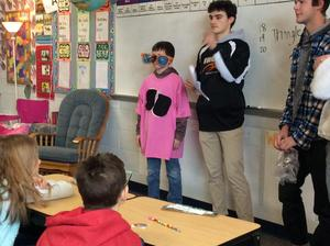 Students learn how tobacco use can damage the human respiratory system.