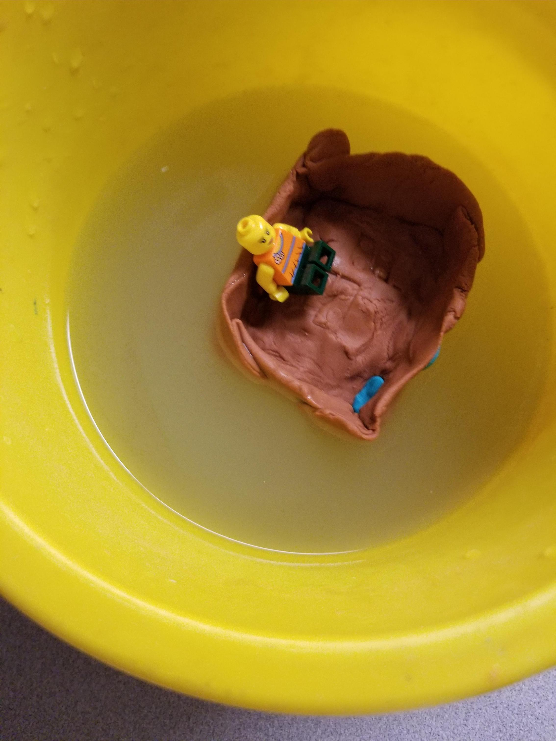 Playdoh Floats your Boat