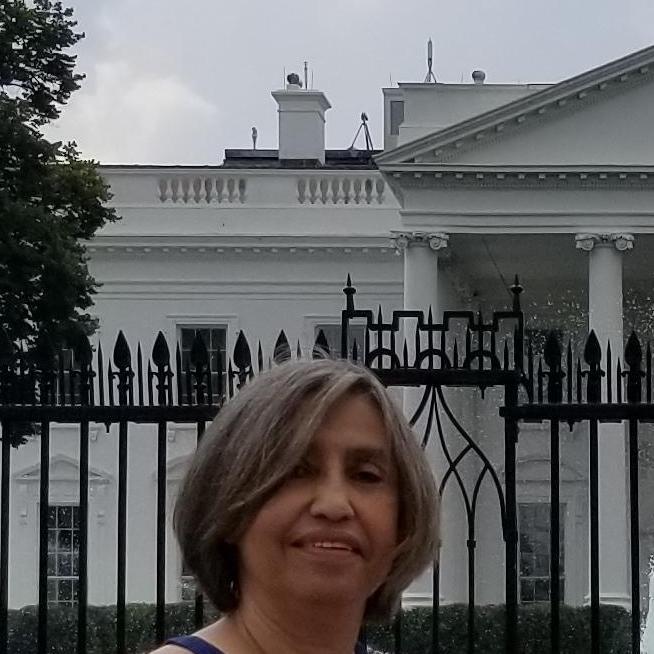 Evelyn Rivas's Profile Photo