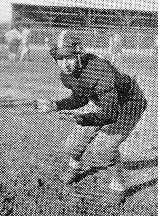 Morris Struman, Football
