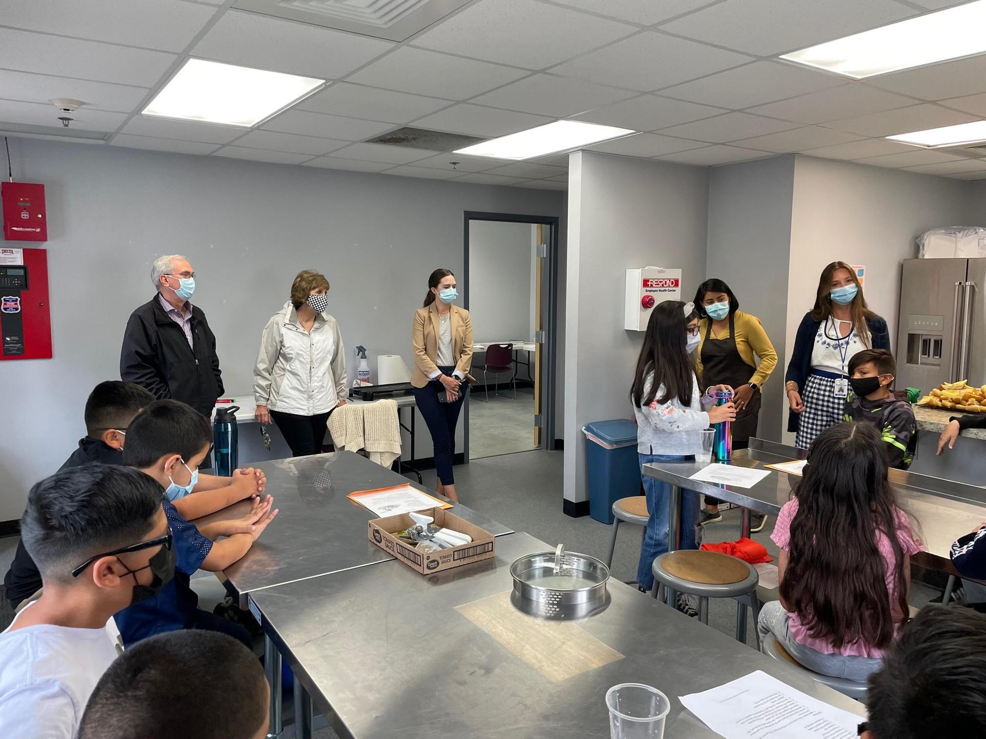 Sacajawea students learn about cooking