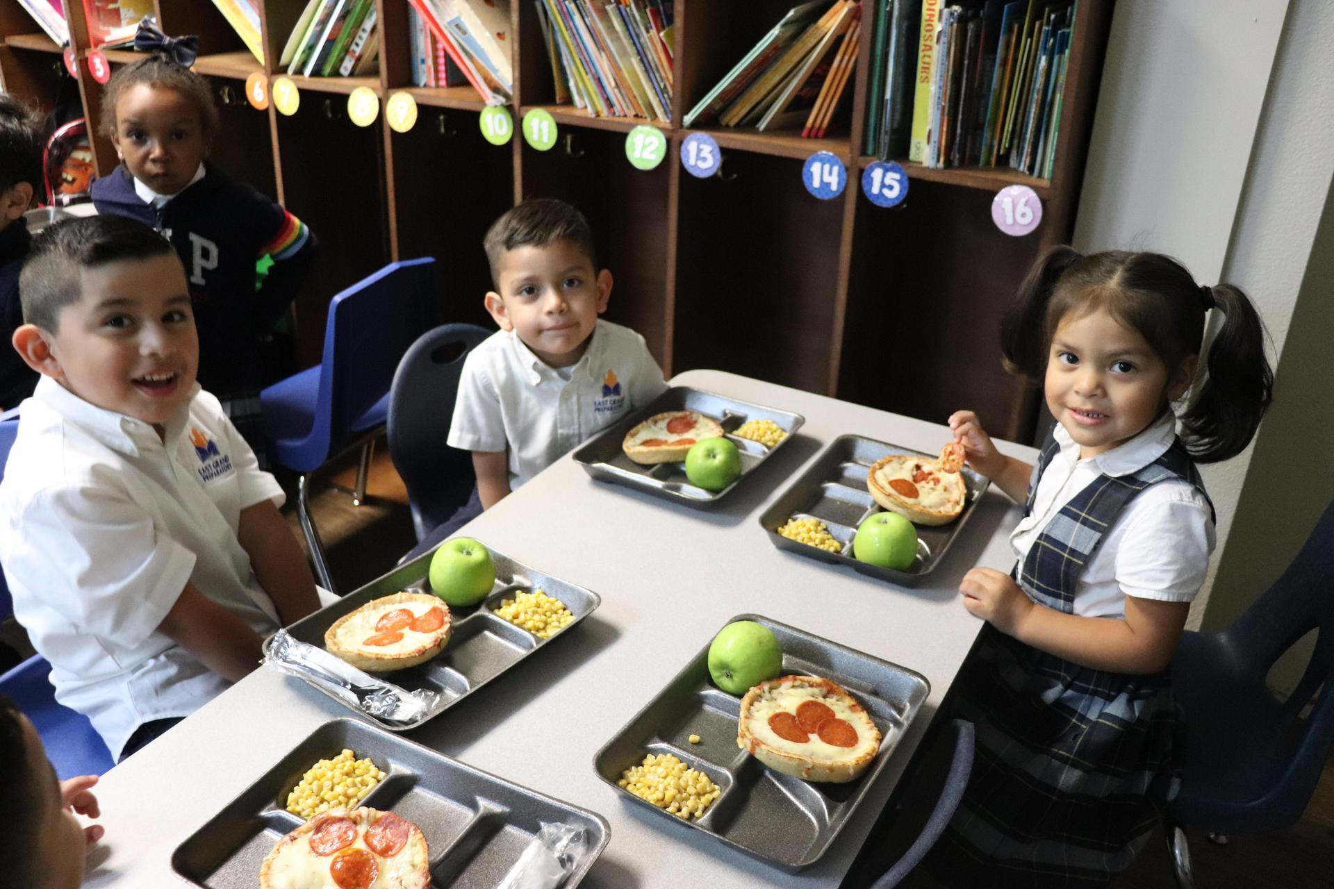 PreK students having lunch