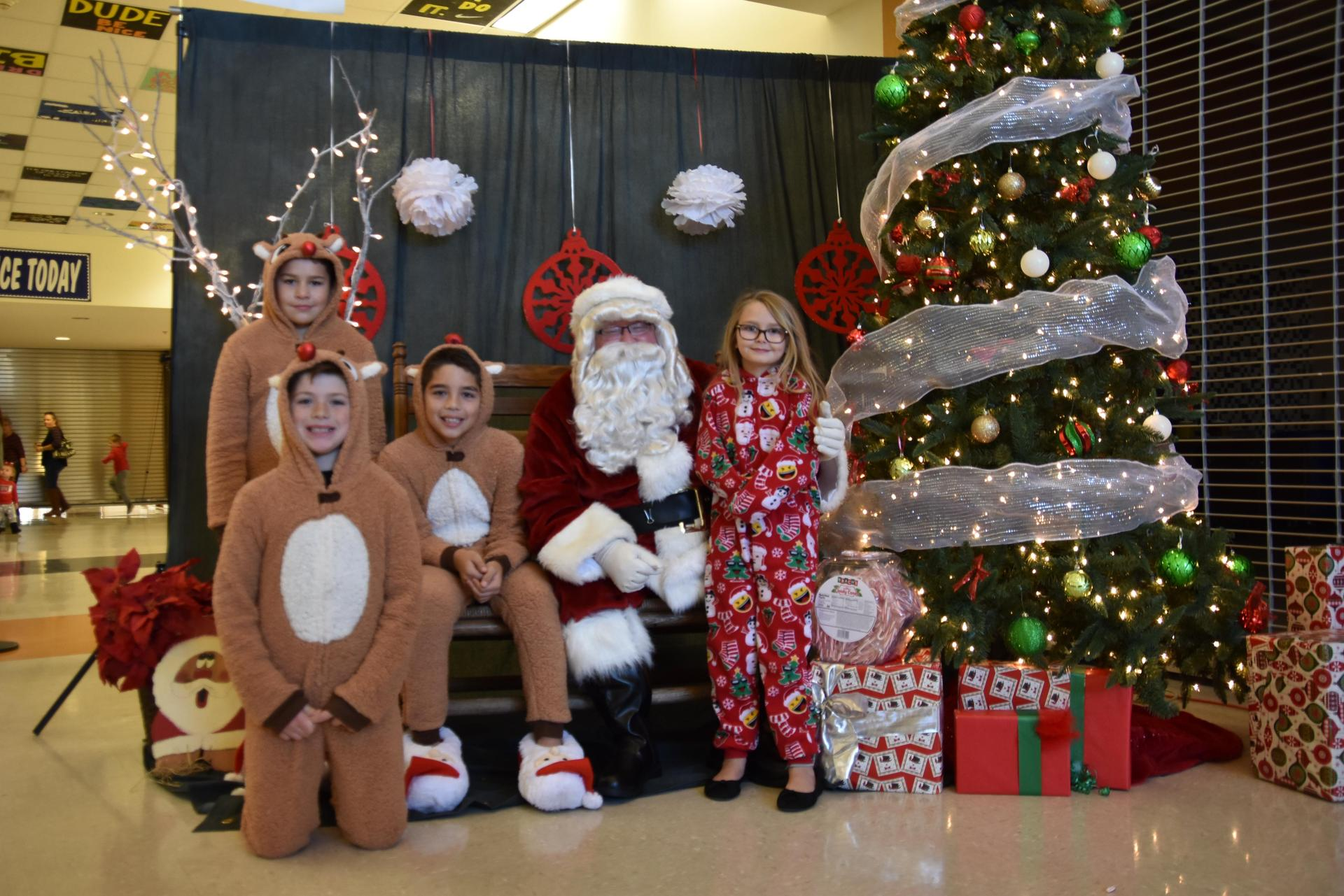 Pancakes with Santa included free photos with Santa.
