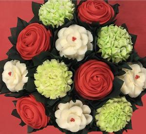 Christmas Cupcake Bouquets.jpg