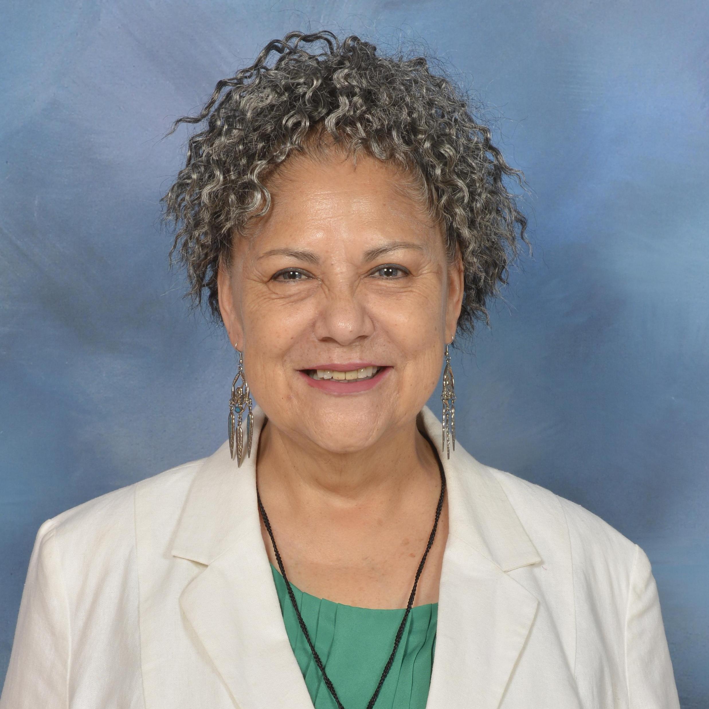 Tina Saenz's Profile Photo