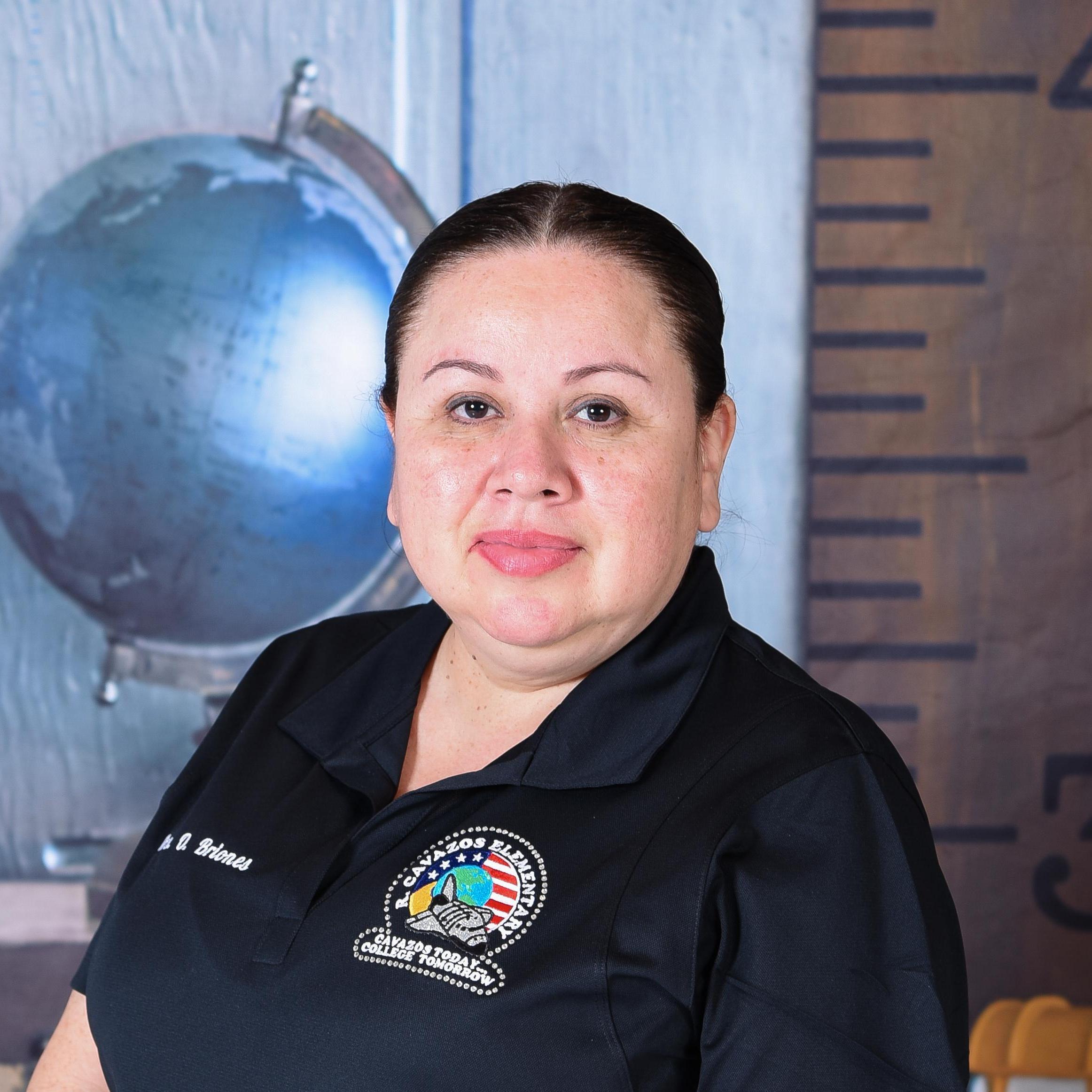 Omelia Briones's Profile Photo