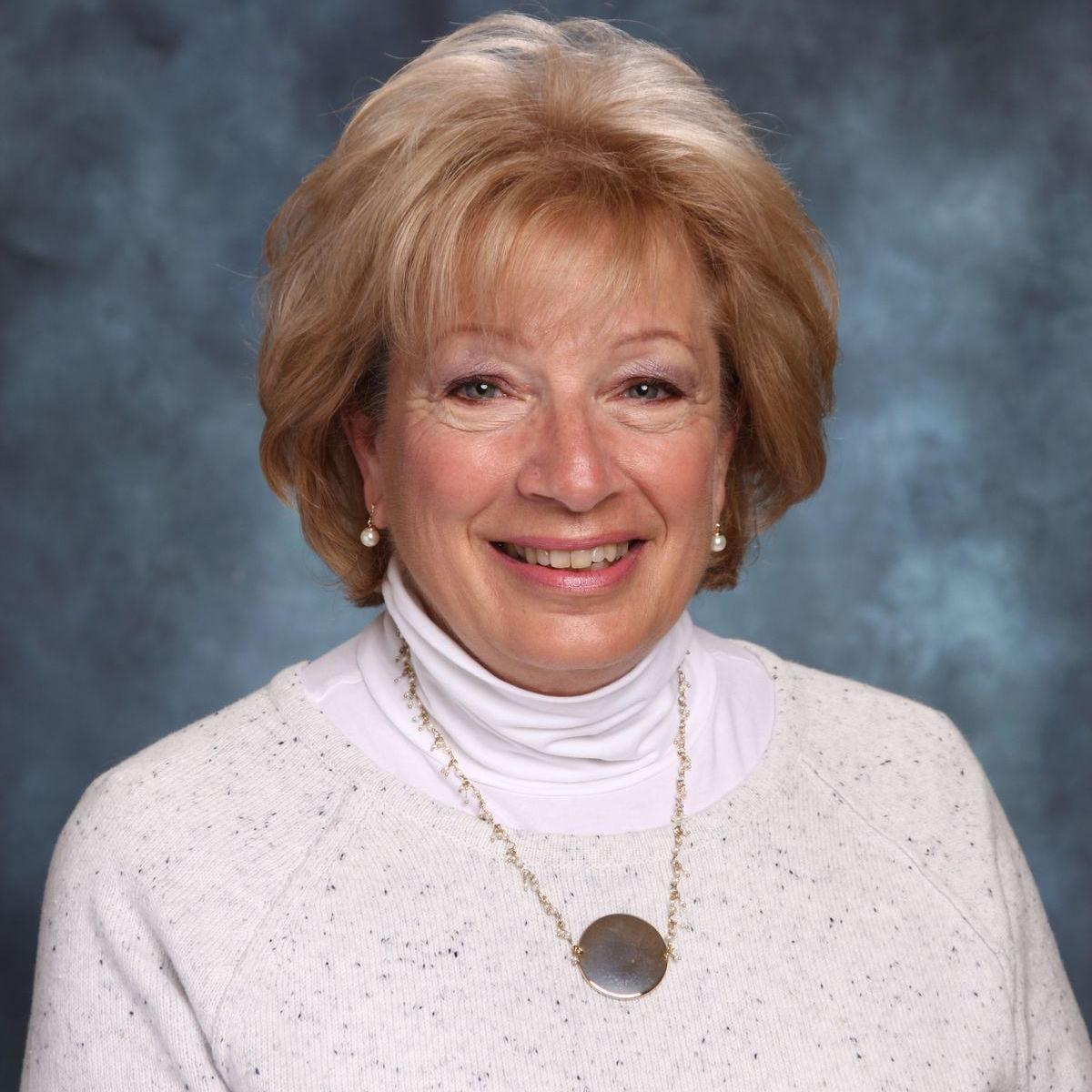 Mrs. Robin Scarola's Profile Photo