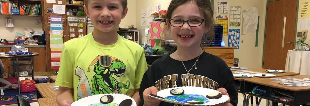 Students with moon phases oreo project