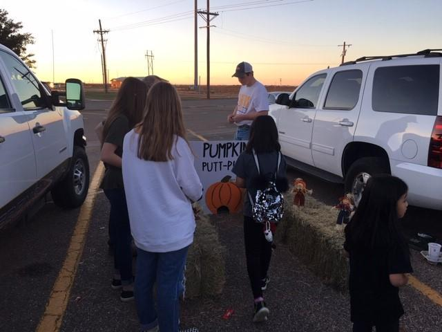 FFA trunk at NHS Trunk or Treat.