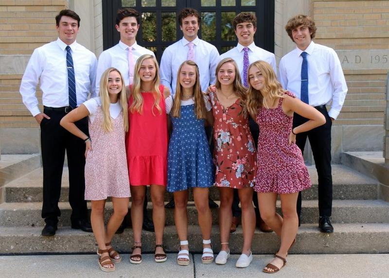 2021 Homecoming Court Featured Photo