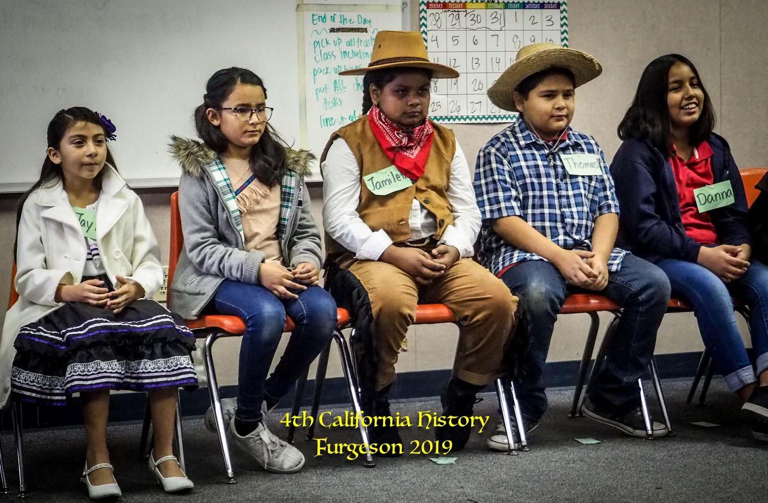 4th grade students in california history project