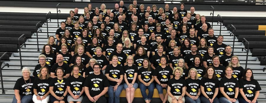 Staff and Faculty group picture for the first day of school.