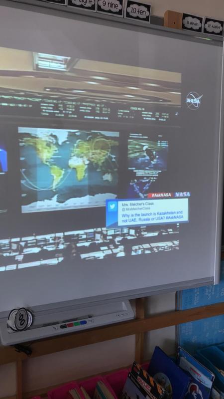 Live tweet NASA