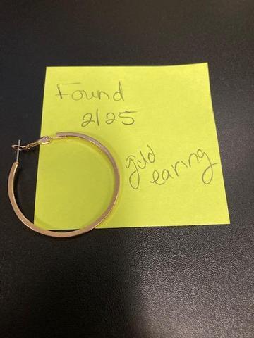 Ear ring found