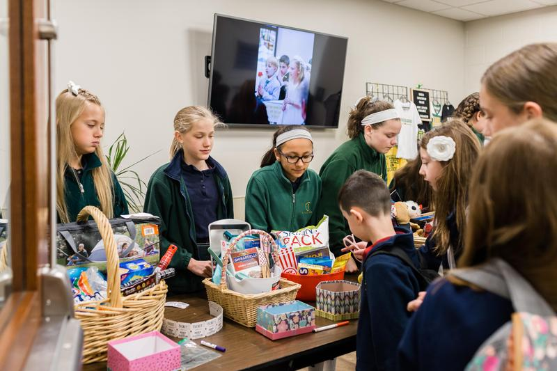 Christmas Baskets for those in need and the elderly Featured Photo