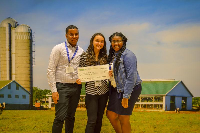 Students Win $1,000 Challenge Featured Photo