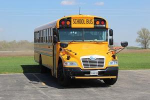 school-bus-3711352_640.jpg