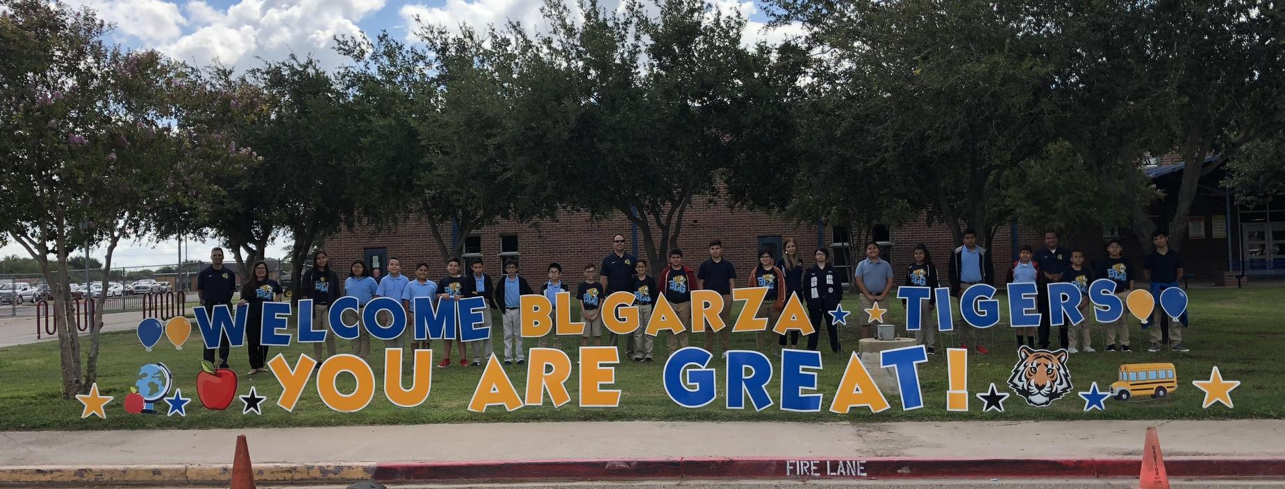 Image of BL Garza students and welcome sign