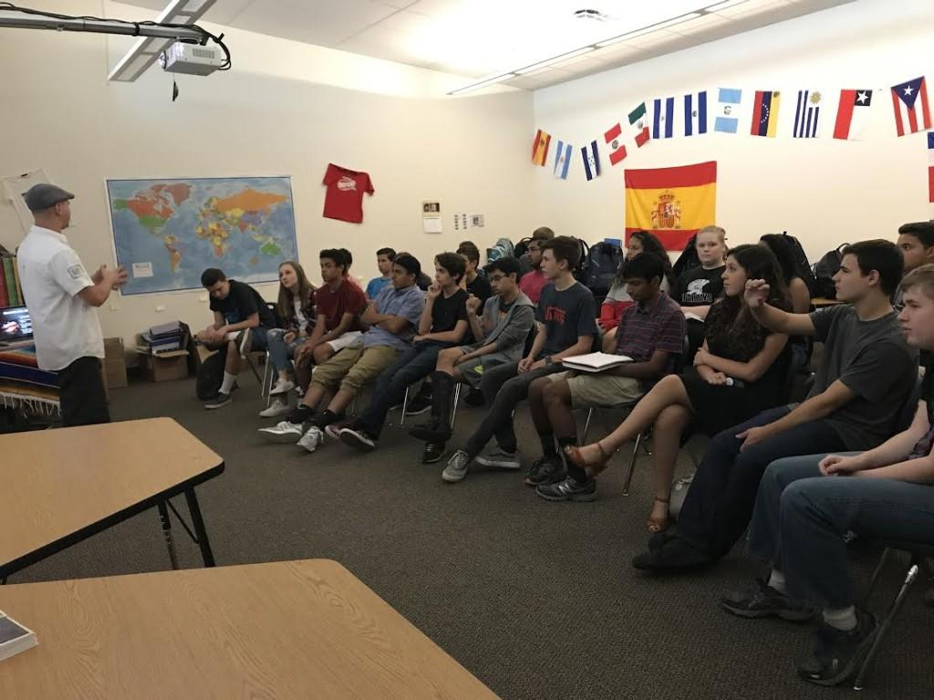 Hip-hop artist Guero Loco visits Spanish IV and AP Spanish students for a Q&A in Spanish, followed by a rap for the students.