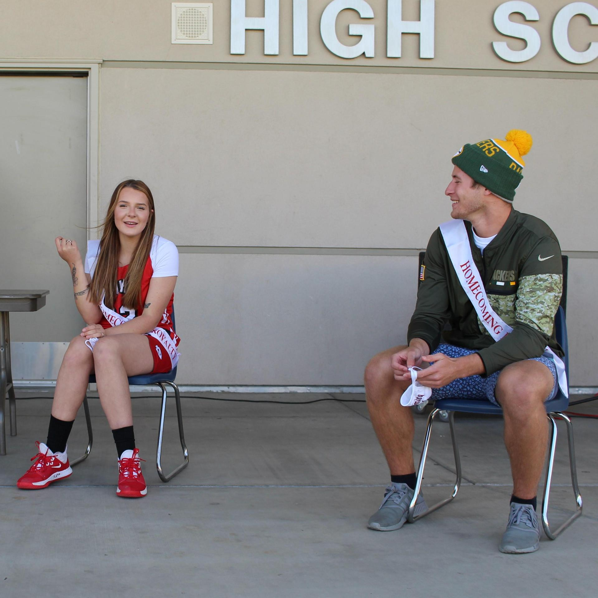 homecoming candidates playing games