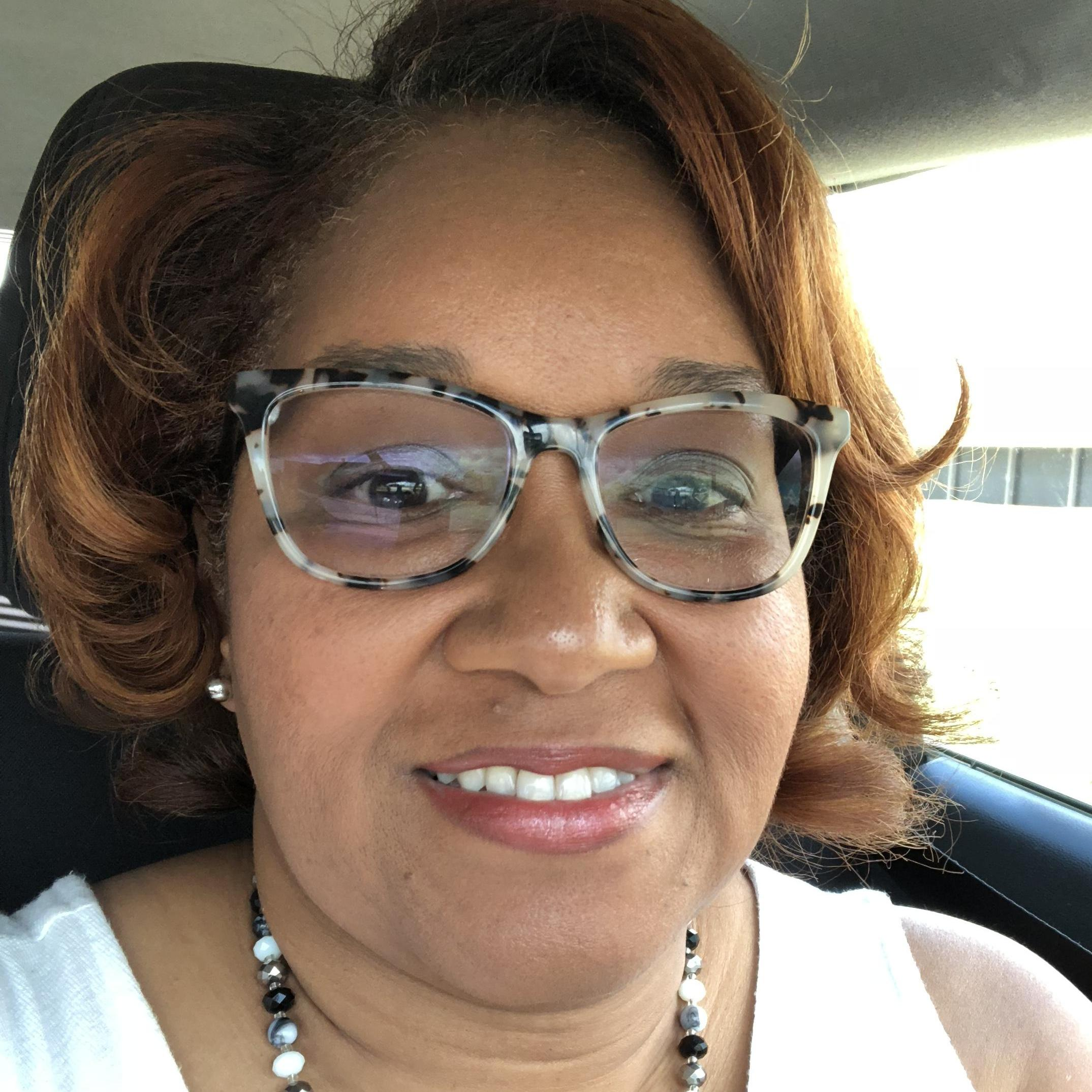 Debra Robinson's Profile Photo