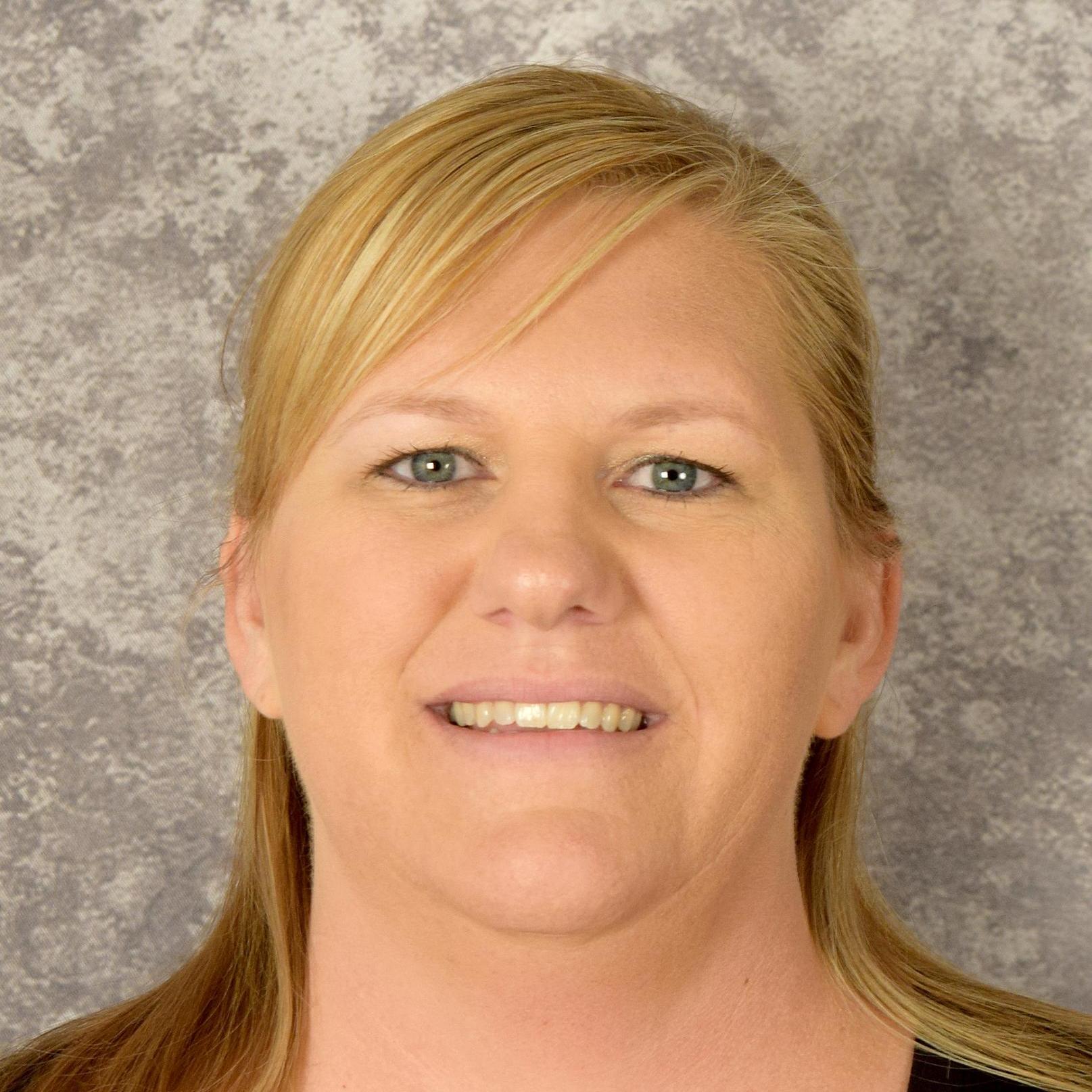 Tara Warren's Profile Photo