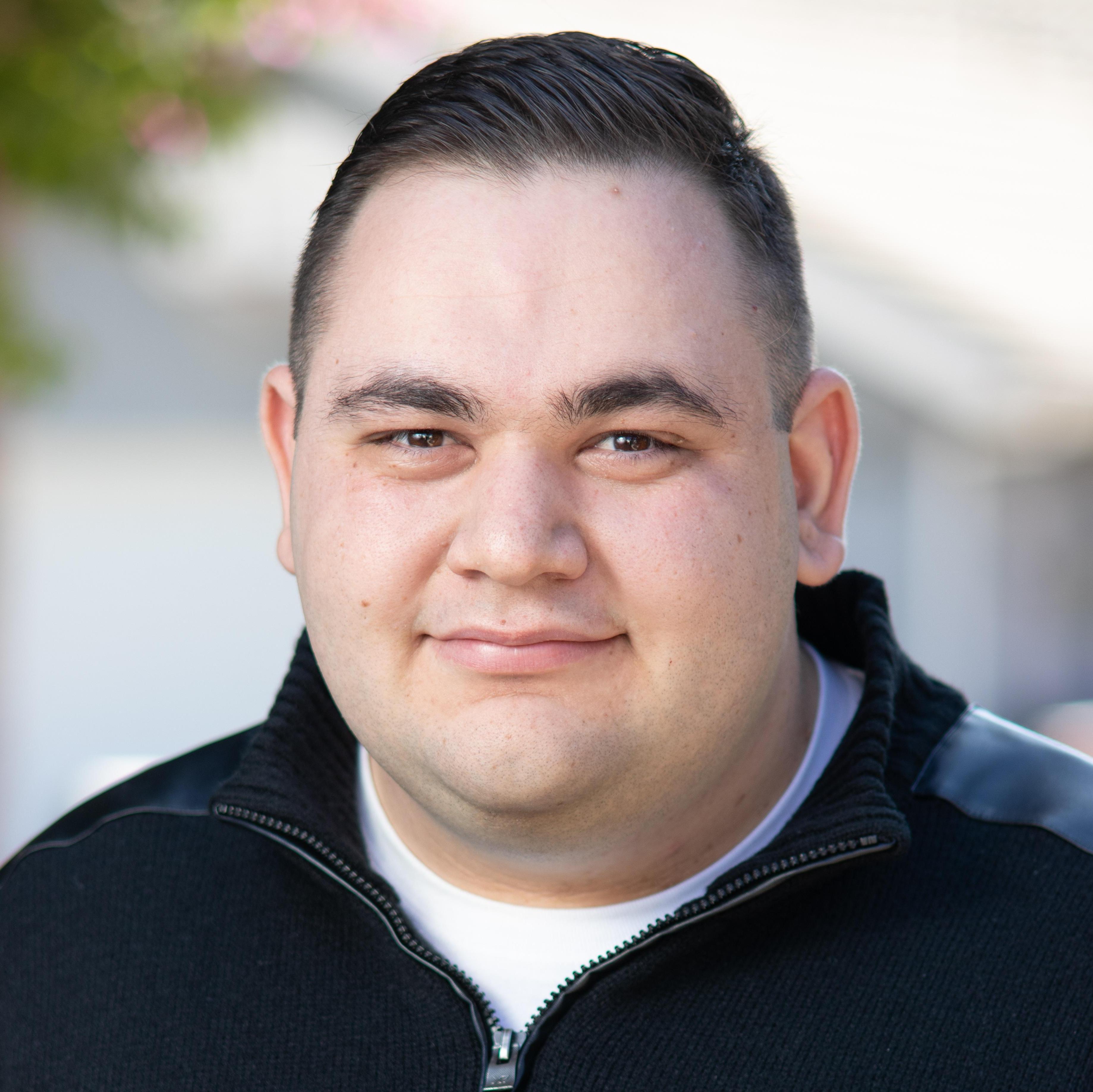 Levon Ghanimian's Profile Photo