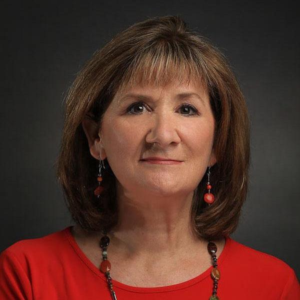 Elizabeth Brooke-Garza's Profile Photo