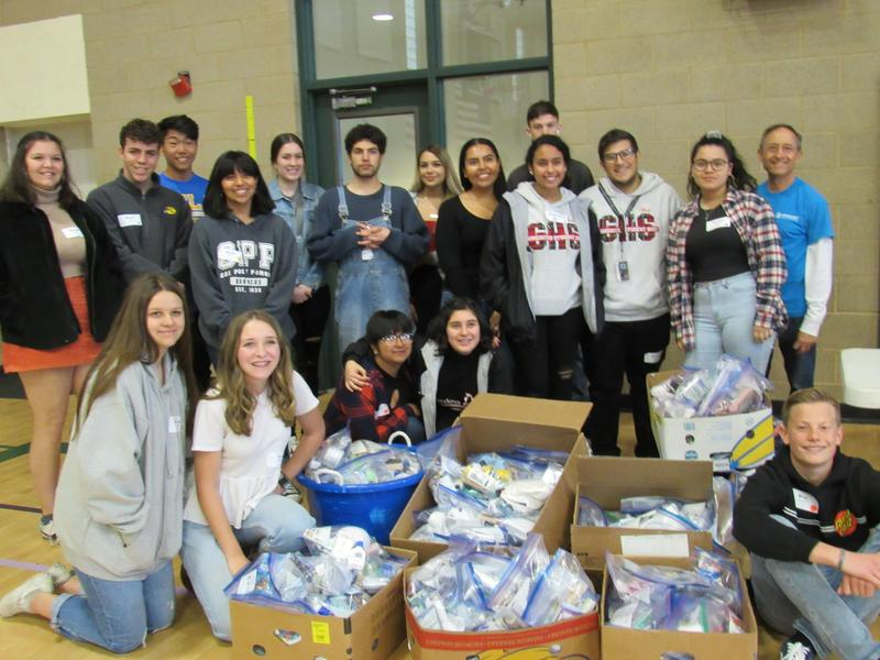 Teen Summit students donate to Shepherd's Pantry