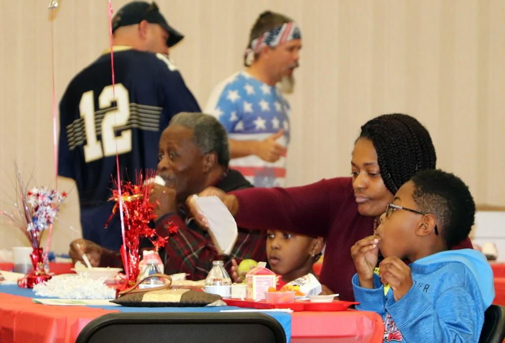 PHES Lunch for Veterans - 111017