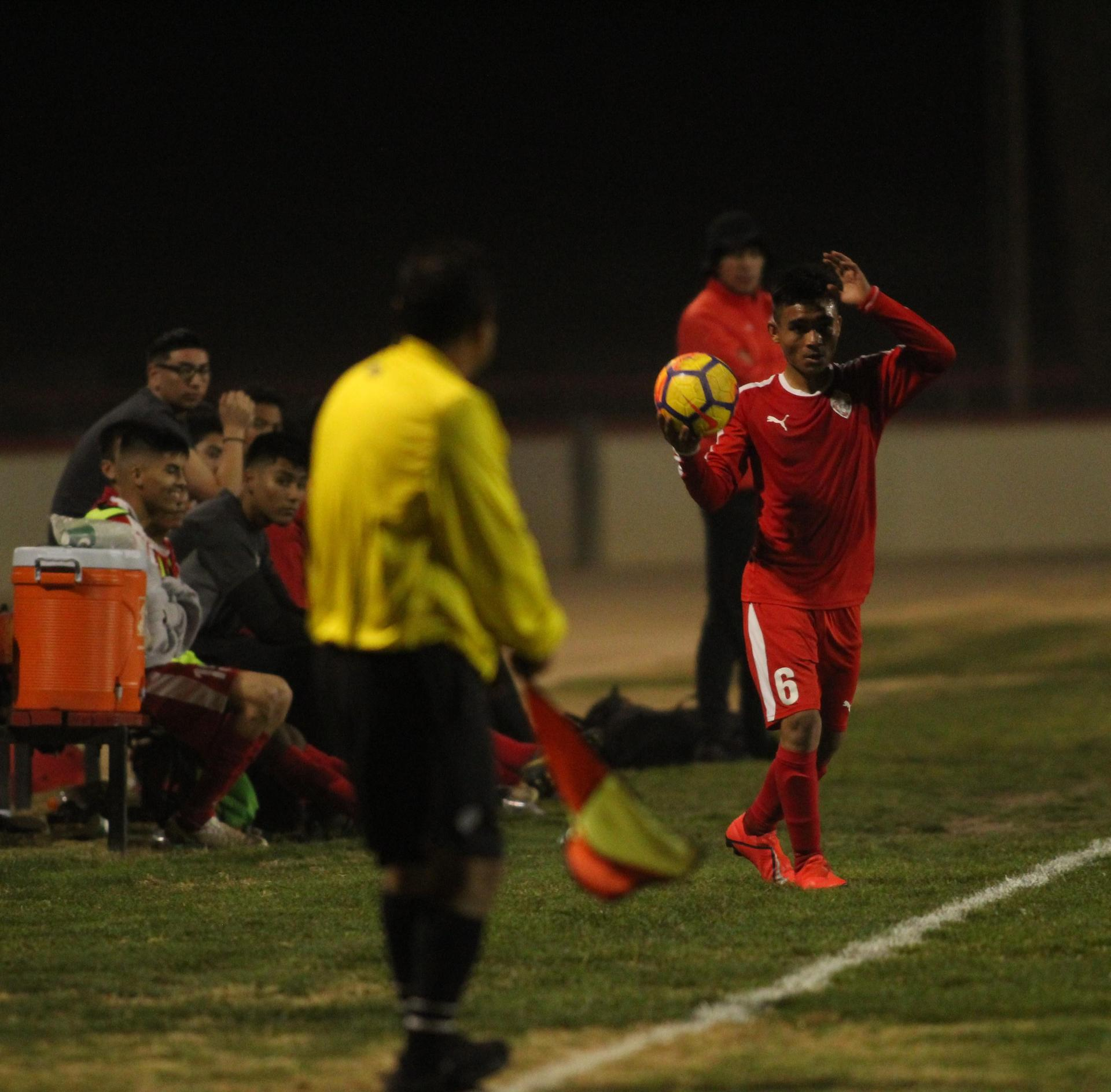 Arwin Brizo with the ball