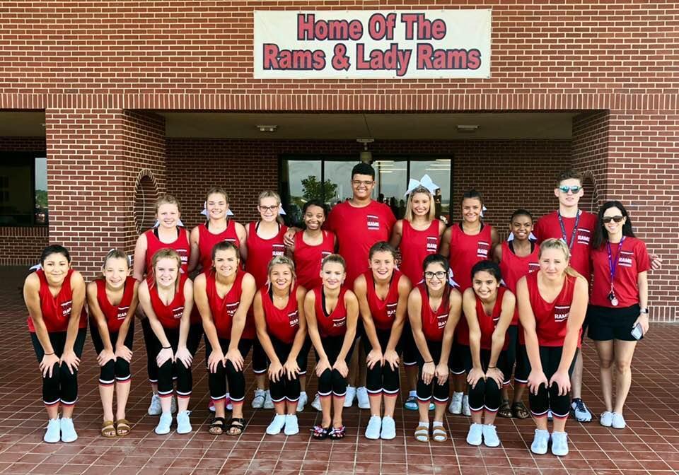 2018 MWHS Cheer Team