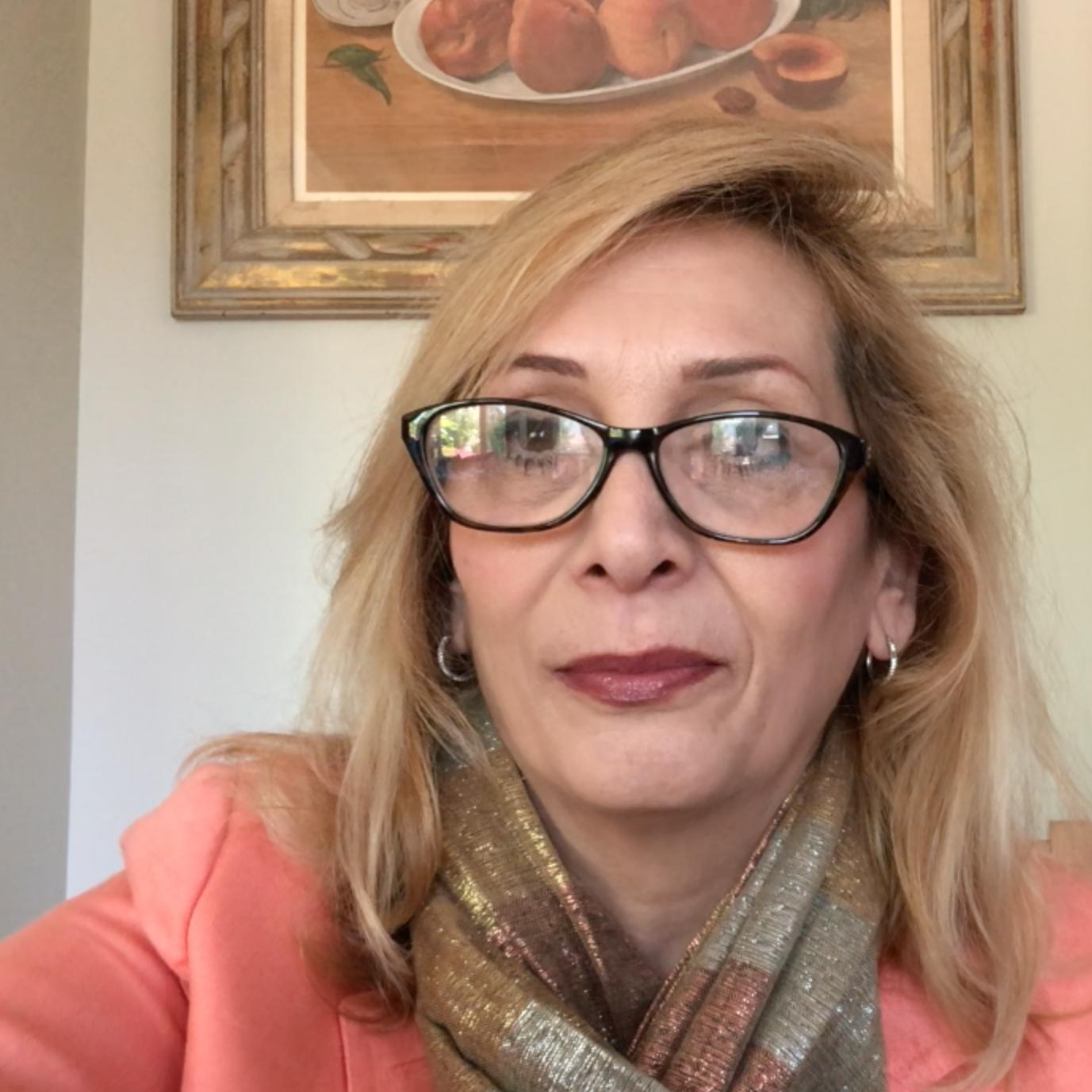 Violet Mardirosian-Indjeyan's Profile Photo