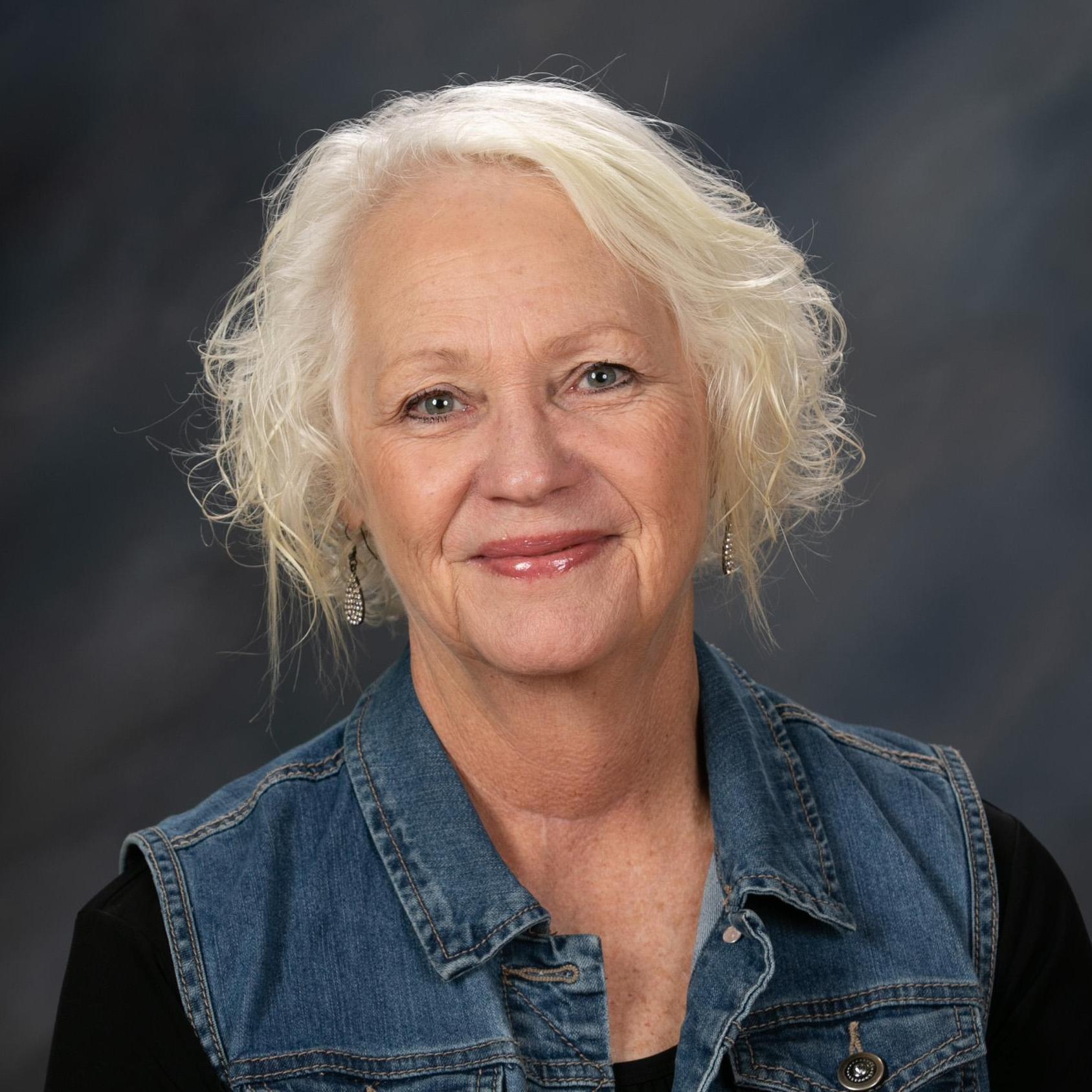Lori Hines's Profile Photo